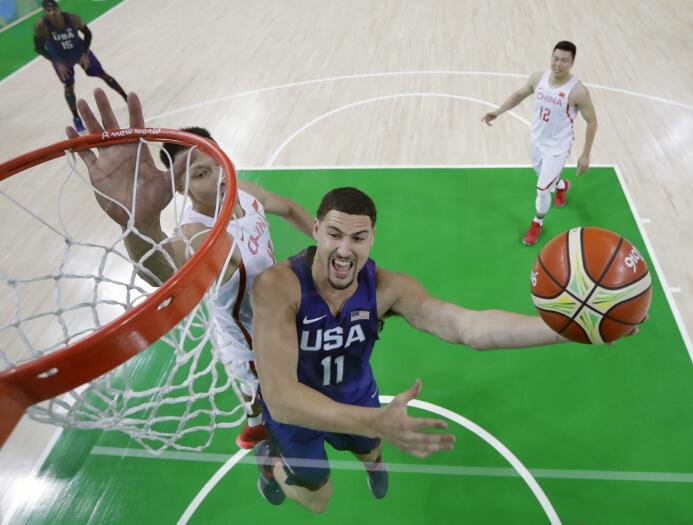 Estados Unidos aplastó a China (119-62) en su debut en Río 2016. Kevin D...