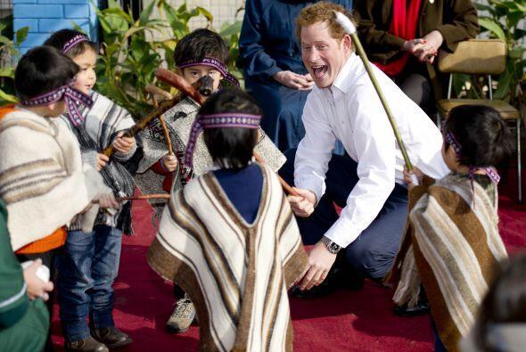 Los niños del jardín lo recibieron con una representación de las tradici...