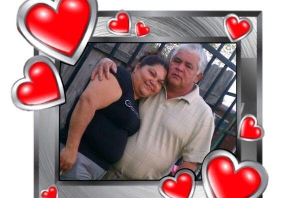 Cecilia nos envió esta bonita foto de sus papás, quienes son el amor de...