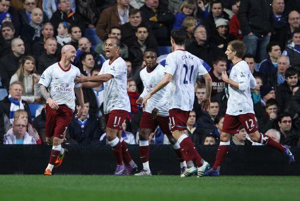 Festejo total del Aston Villa.