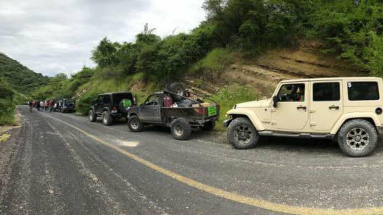 La caravana salió el sábado con 14 vehículos  y visitó municipios como S...