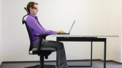 Pasar mucho tiempo sentado puede ser muy perjudicial para la salud.