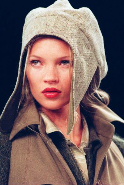 Kate Moss es la modelo gato: ha tenido más vidas que nadie. Y sigue sien...
