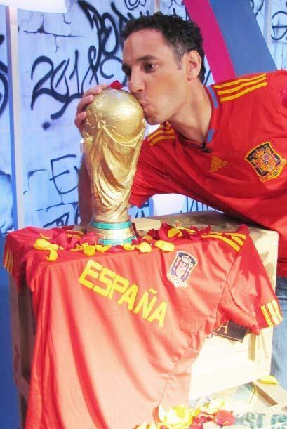"""El amor por la Copa del Mundo es tan contagioso como el """"Waka-waka"""" de S..."""