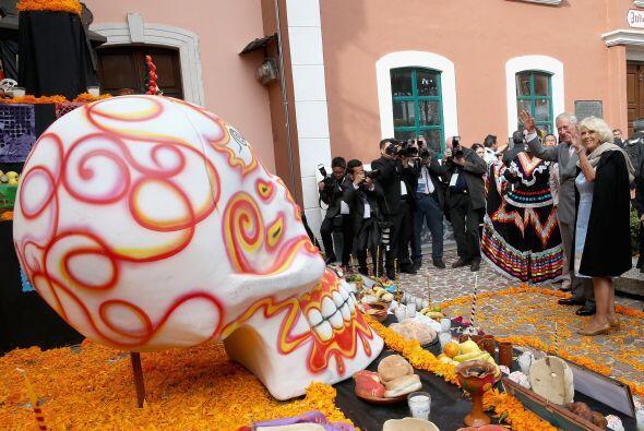 También presenciaron danzas prehispánicas y se deleitaron con las ofrend...