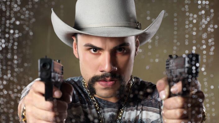Carlos Speitzer en La doble vida de Estela Carrillo
