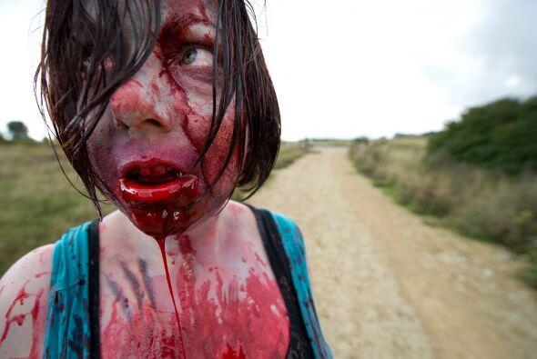 Muchos se metieron dentro de su papel de muertos caminantes, muy hambrie...