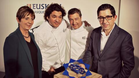 Joan Roca y Gastón Acurio en el lanzamiento del Basque Culinary World Prize