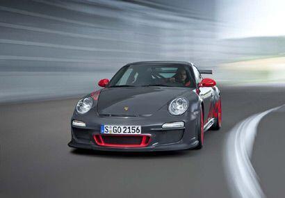 Porsche presentó el nuevo 911 GT3 RS con más potencia, menos peso un aut...