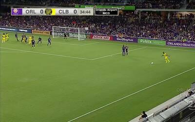 Con gol del defensa Lalas Abubakar, Columbus pega primero Orlando