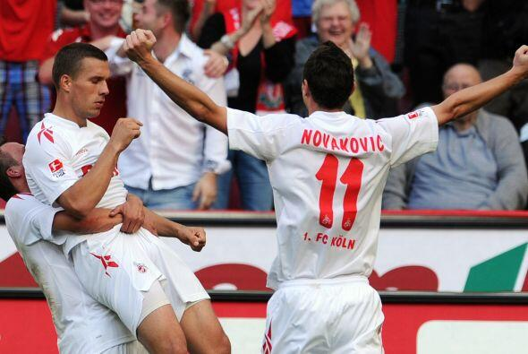 Y por favor, tengan cuidado con Lucas Podolski, el atacante marcó uno de...