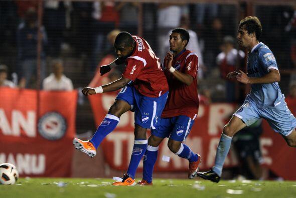 Con este resultado, logrado con el gol del punta Santiago García...