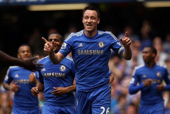 También de la Liga inglesa aparece el central del Chelsea John Te...