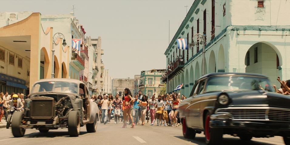 En una escena rodada en Cuba, se puede ver a Dom Toretto (Vin Diesel) co...