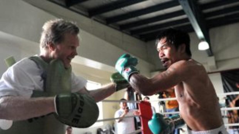 Manny Pacquiao continúa su entrenamiento en Filipinas