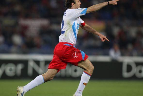 El jugador del Catania fue de lo mejor de su club en el duelo contra la...