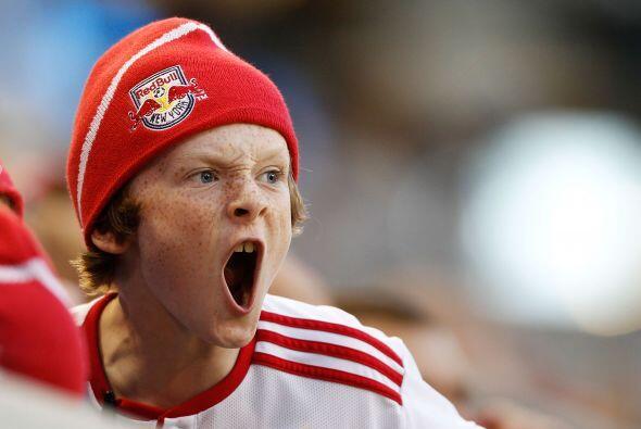 La Afición le pedía más a los Reds pero no hubo respuesta en la cancha.