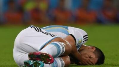 El delantero argentino se lesionó durante el juego ante Nigeria