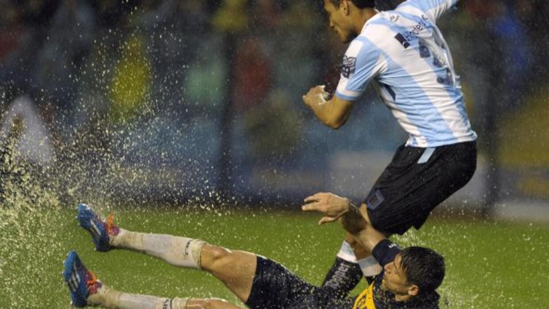 El juego entre Boca Juniors y Racing fue suspendido al minuto 57, cuando...