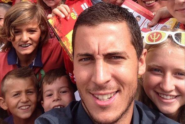 Eden Hazard de Bélgica subió una foto donde agradeció el apoyo de los ni...