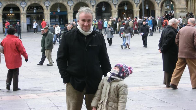 Fernando Blanco y su hija Nadia en una foto que subieron a la página de...