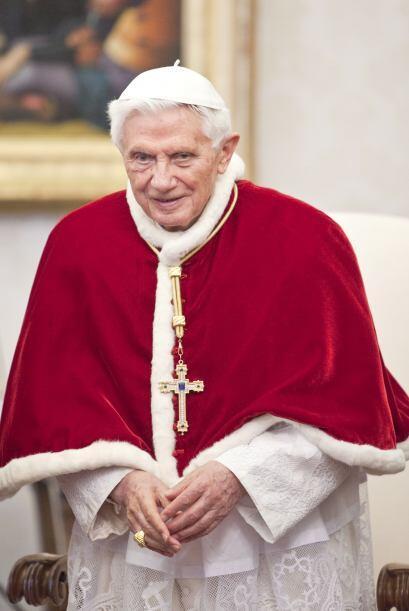 9. ¿Participará Benedicto XVI en el Cónclave para elegir a su sucesor?No...