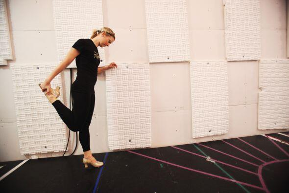 Las famosas bailarinas Rockettes se entrenan todo el año para ofrecer un...