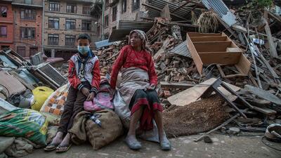 Miles de personas claman ayuda en Nepal