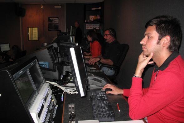 Todo se maneja desde la sala de control, donde se coordinan todas las cá...