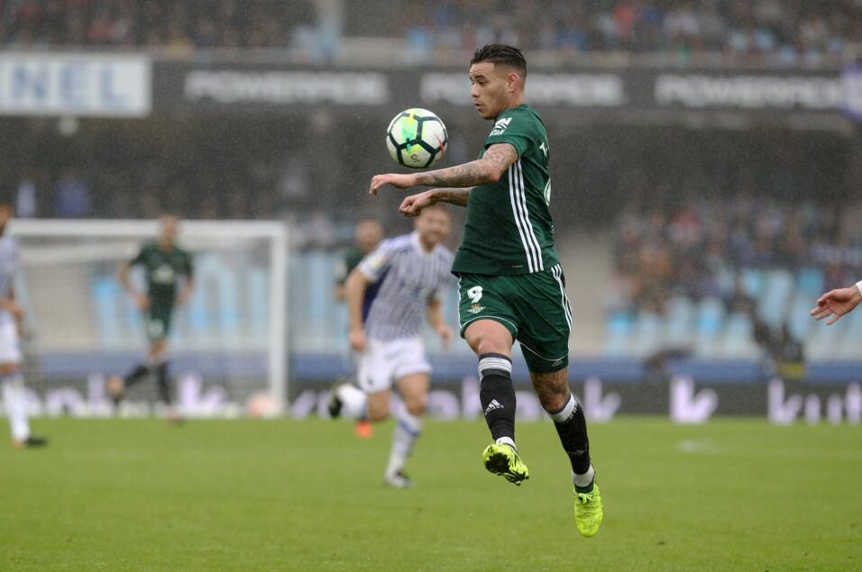 Agarrón entre mexicanos: Real Sociedad de Carlos Vela y el Betis de Guar...