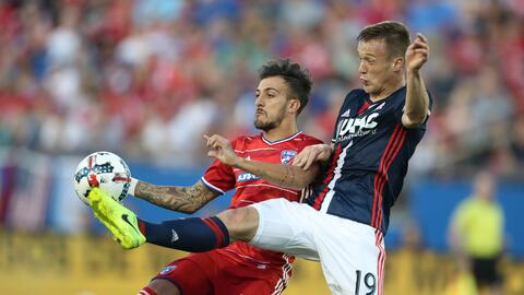 Maxi Urruti vs. New England Revolution