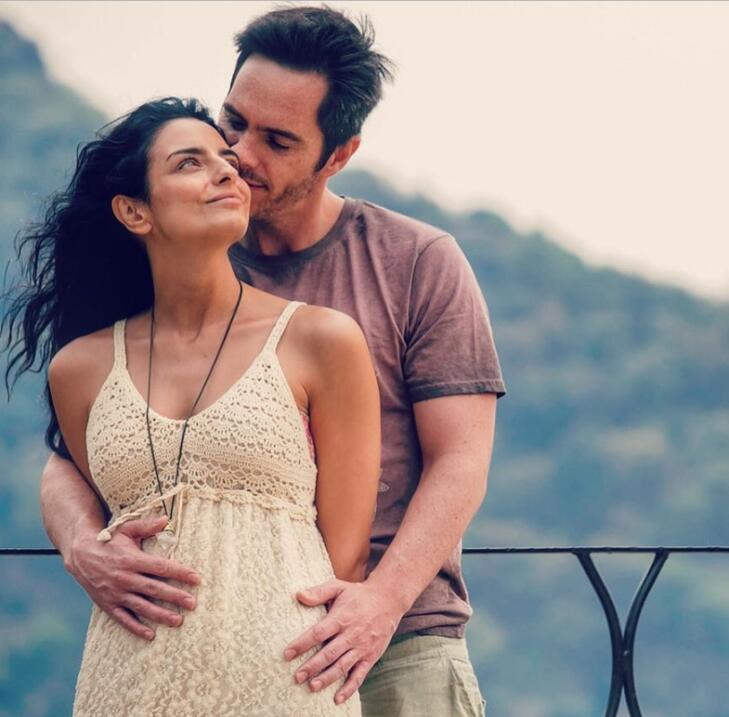 Aislinn Derbez hace crossfit a sus 8 meses de embarazo aislinn4.jpg