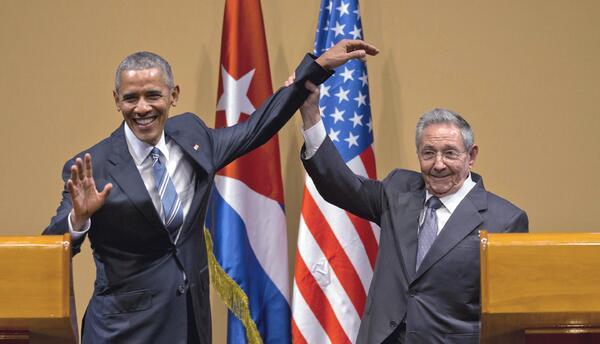 En esta foto de archivo del 21 de marzo de 2016, el presidente cubano Ra...
