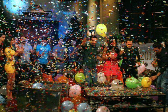 Y desearon a su público lo mejor para el 2012