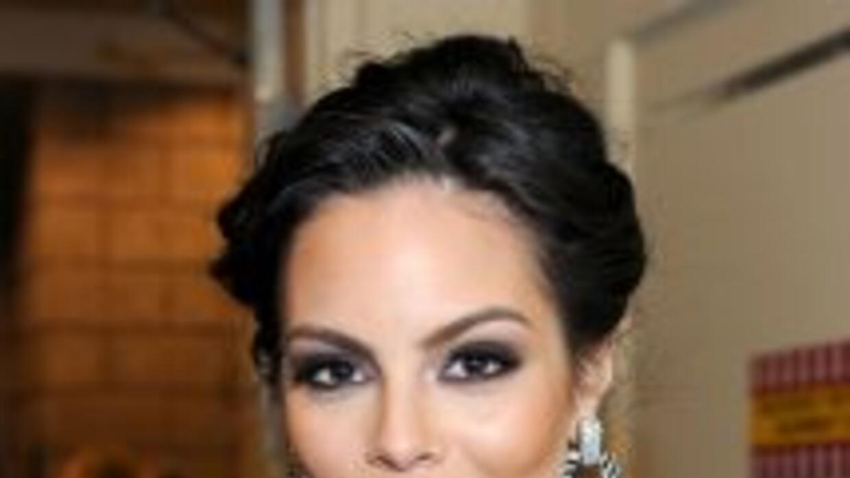 Ximena Navarrete expresó su sentir ante el tsunami.