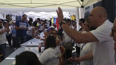 La consulta contra Maduro en España