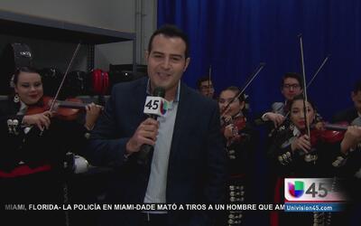 Mariachi estudiantil celebra herencia hispana