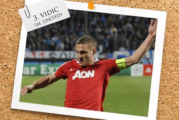 El serbio Nemanja Vidic mostró una gran actuación con el Manchester Unit...