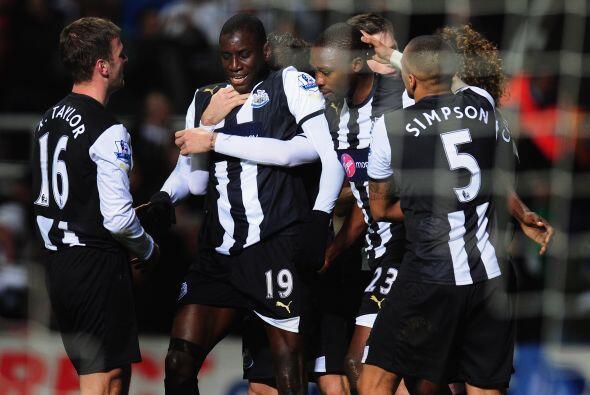 Newcastle se iba al frente en el marcador y no se intimidaba por la visi...