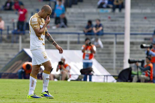PETARDO EXTRANJERO  Ariel Nahuelpán  Llegó a Pumas con la bandera de gol...