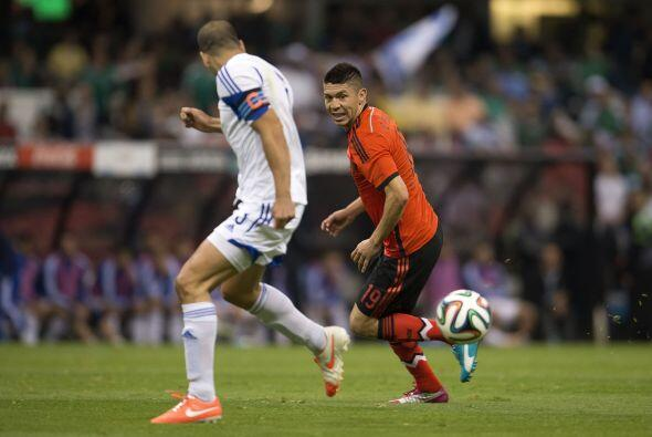 Oribe Peralta (6): 'El Cepillo' estuvo muy aislado de sus compañeros y,...