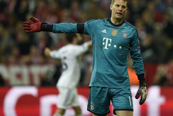 Neuer (4): El portero fue víctima de la pegada del Real Madrid. Sin opci...
