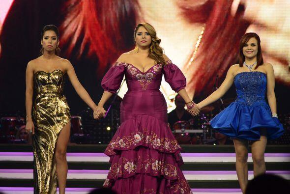 El último round de la noche estuvo intenso, entre tres chicas guerreras.