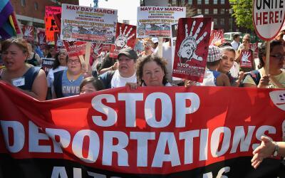 Marcha de indocumentados por la reforma migratoria y freno a las deporta...