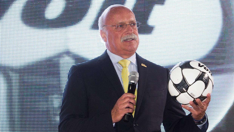 El presidente de la Liga MX, Enrique Bonilla, conversará con la C...