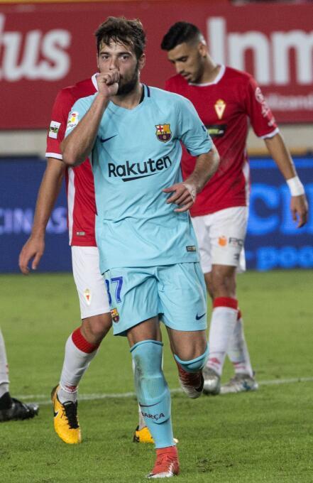 José Manuel Arnaiz debutó este martes con el primer equipo del Barcelona...
