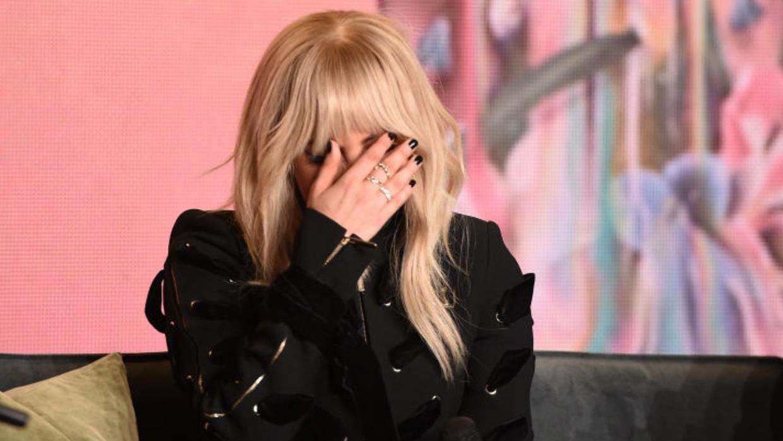 Lady Gaga llora durante la presentación de su documental 'Lady Ga...