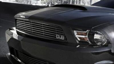 El Ford Mustang edición DUB es uno de los autos más deportivos del momento.