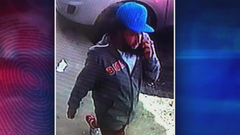 Con pistola y mandarria tres hombres habrían robado unos 50,000 dólares...