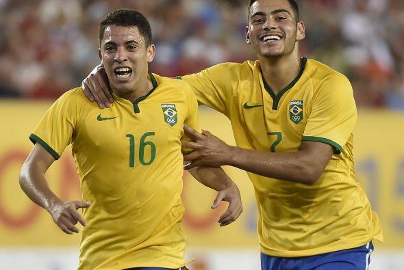Brasil vapuleó el domingo 4-1 a la anfitriona Canadá en su estreno en el...